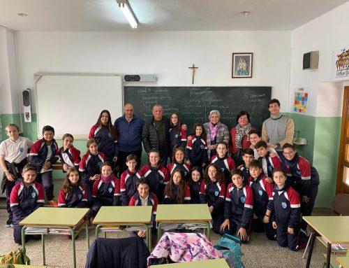 Encuentro de alumnos de Primaria con los abuelos